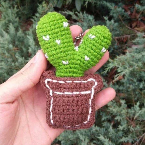 MstudioK Crochet Cactus Keychain