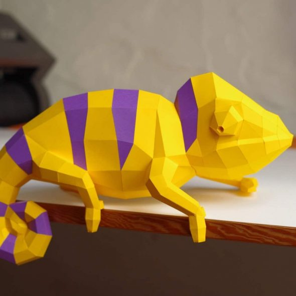 PaperwolfsShop Chameleon DIY Paper Sculpture