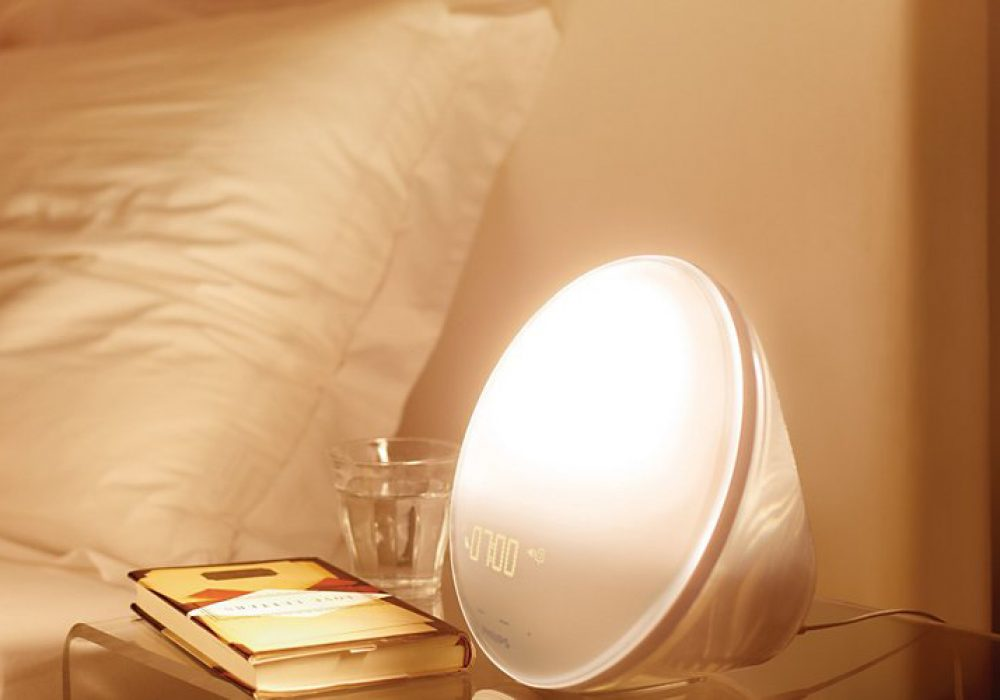 Philips HF3520 Wake-Up Light Colored Sunrise Simulation Cool Gift Idea for Kids