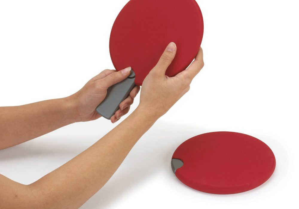 Pongo Portable Table Tennis Set Retractable Red Paddles