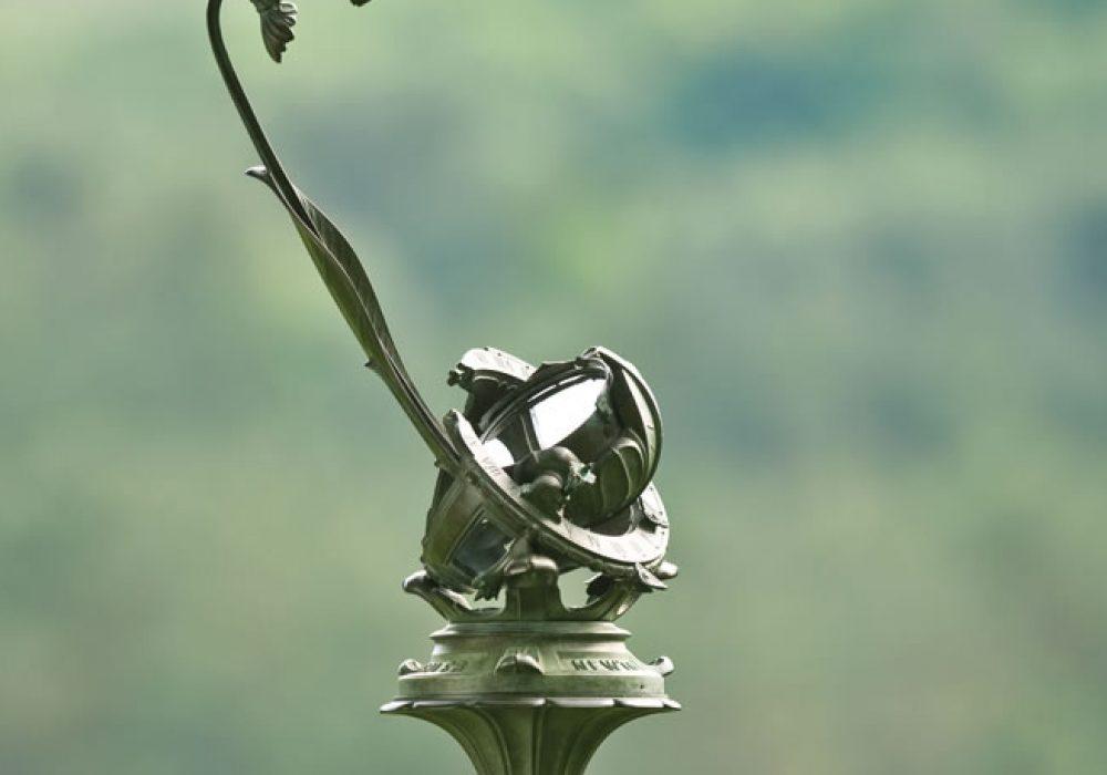 Porter Garden Telescope Expensive but Functional Garden Decoration