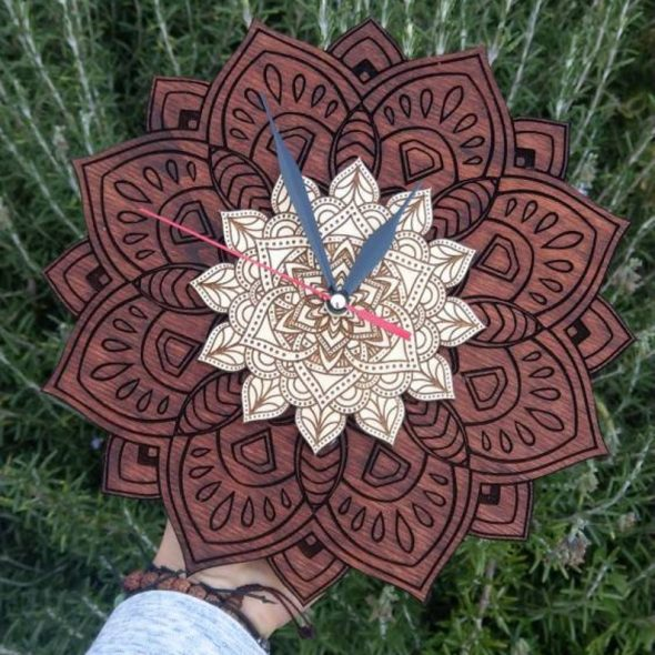QuartzWeaver Wooden Mandala Clock