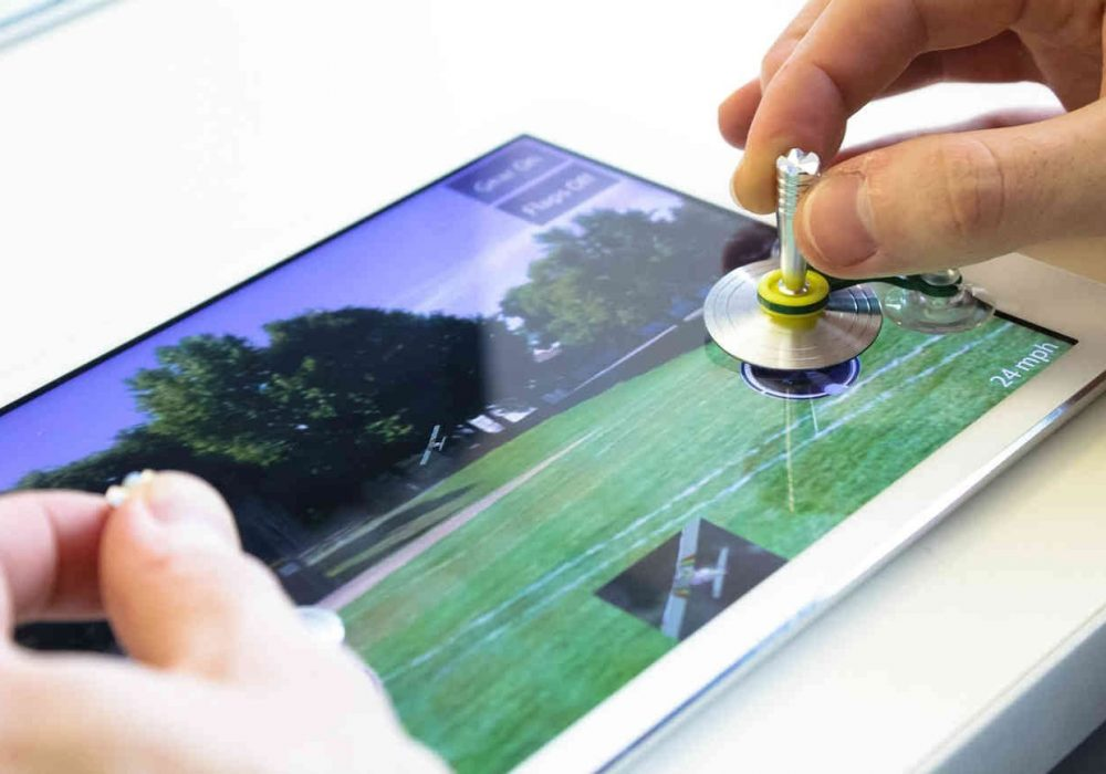 ScreenStick Tablet Joy Stick Play IOS with Real Control