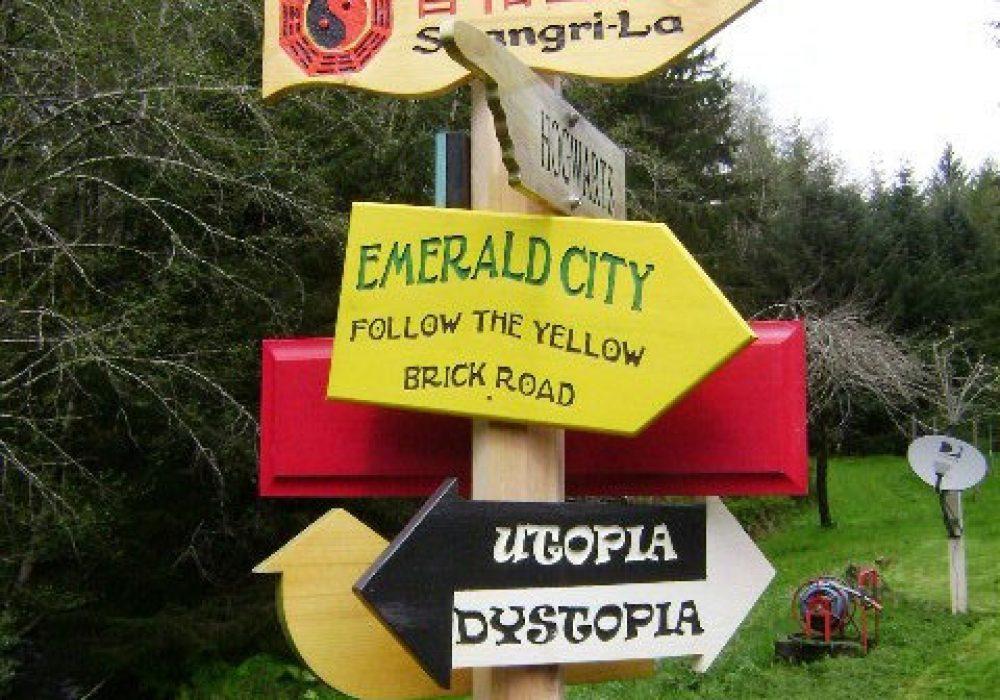 Solitude Valley Fantasy Movie Sign Set Emerald City