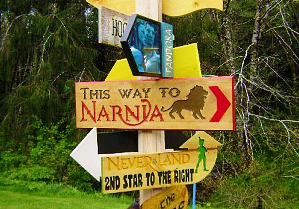 Solitude Valley Fantasy Movie Sign Set This Way to Narnia