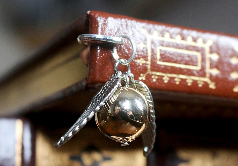 SteamWolf Golden Snitch Mini Metal Bookmark Book Mark