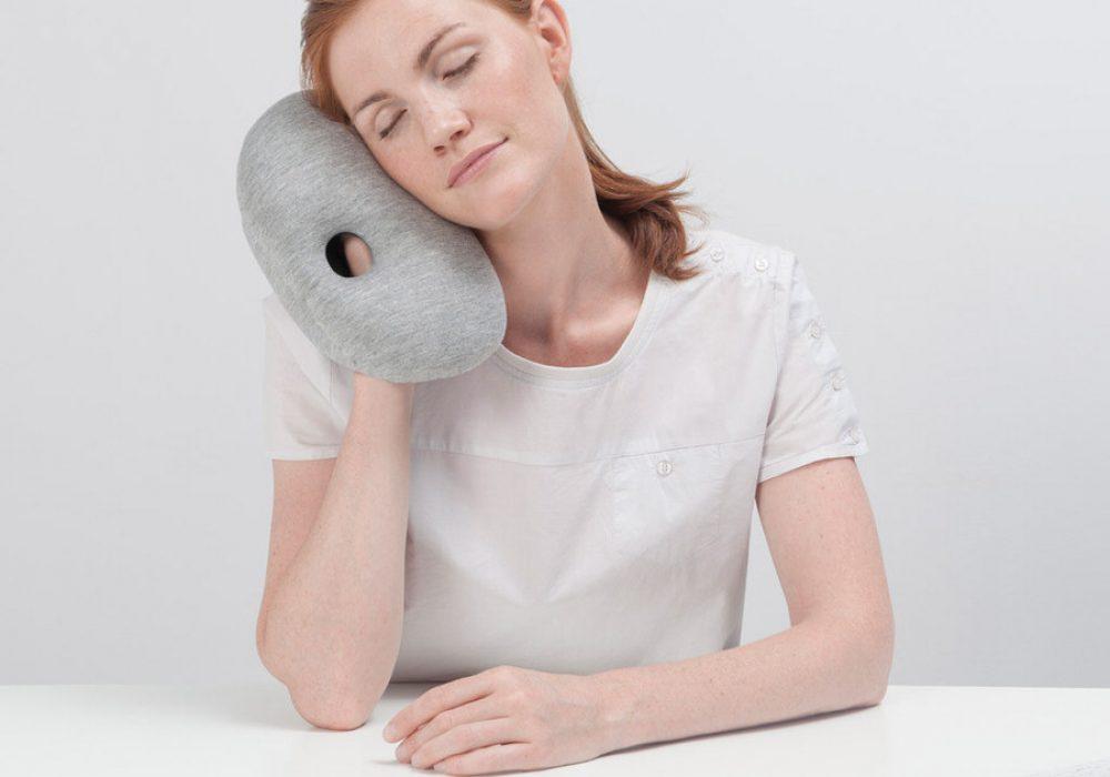 Studio Banana Things Ostrich Pillow Mini Easy Quick Nap