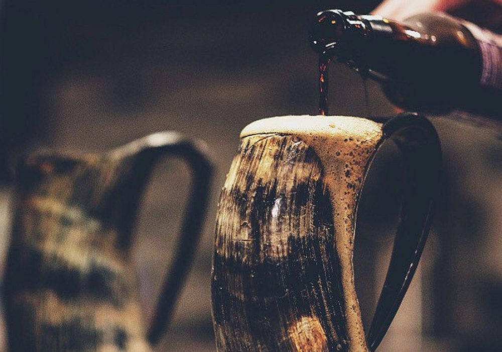 The Mughal Bazaar Horn Beer Mug Viking Drinkware