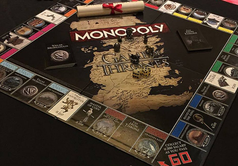 USAopoly Monopoly Game of Thrones Collectors Edition Fan Gift Idea