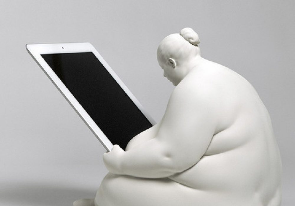 Venus of Cupertino - iPad Docking Station rear left