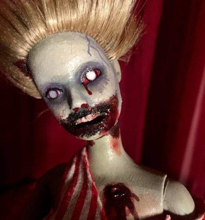 Windy Day Barbie Walker