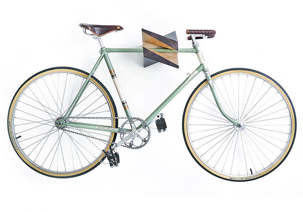 woodstick-oak-wood-bike-hanger-bike-rack